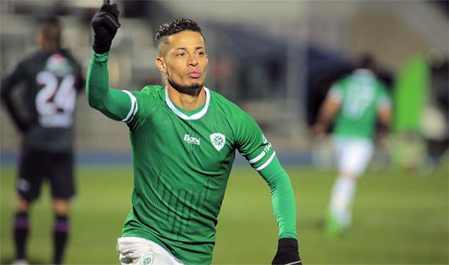 Arryadia - Le Mouloudia Oujda s'impose à domicile face au Moghreb de  Tétouan (1-0)